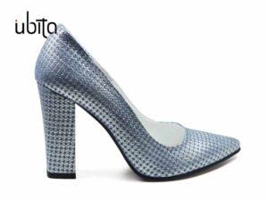 Pantofi dama argintii cu tente albastrui din piele naturala cu imprimeu la comanda V0621-Kenley