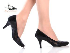Pantofi negri de dama din piele naturala la comanda