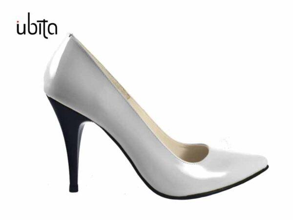 Pantofi Stiletto albi lac din piele naturala la comanda V0621-Amia